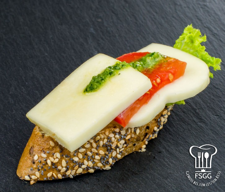 Canapé Tomate/Mozzarella Rustika